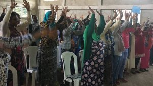 Women Suddenly Froze Women worship at the Ethiopia Womens Conference see what happened.